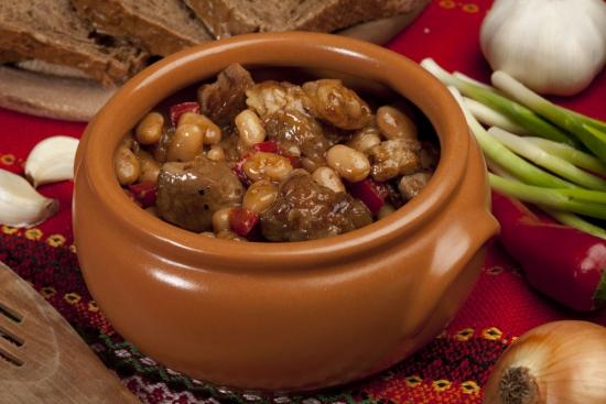 Жаркое с фасолью из кишиневского ресторана «Ла Плачинте»