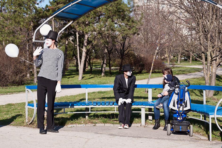 Мимы на улицах Тирасполя (3)