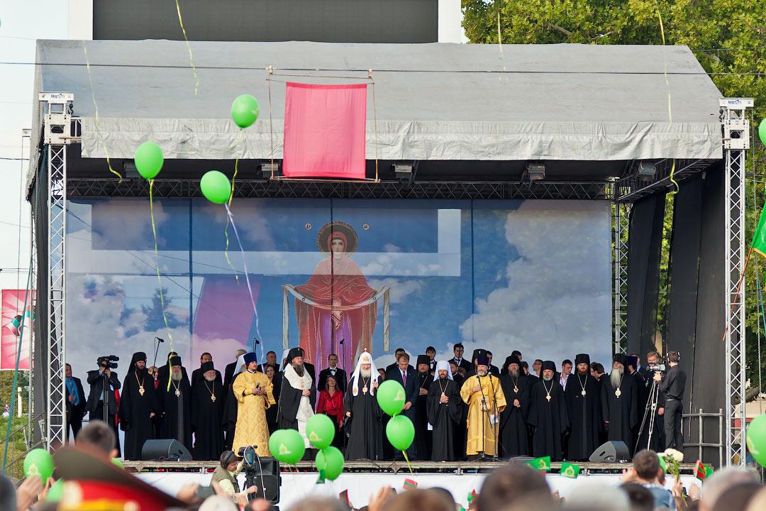 Патриарх Кирилл в Тирасполе (7)