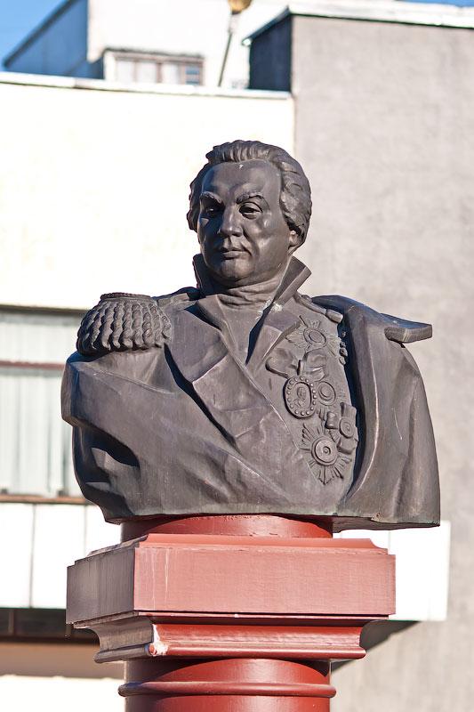 Памятник М.И. Кутузову в Тирасполе (Приднестровье)