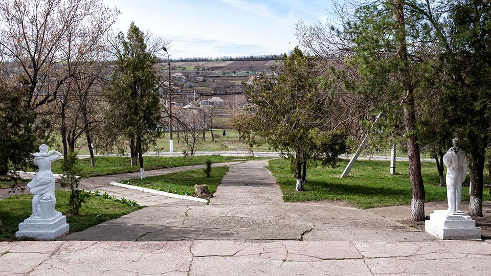 Дворец культуры в селе Красненькое Рыбницкого района (6)