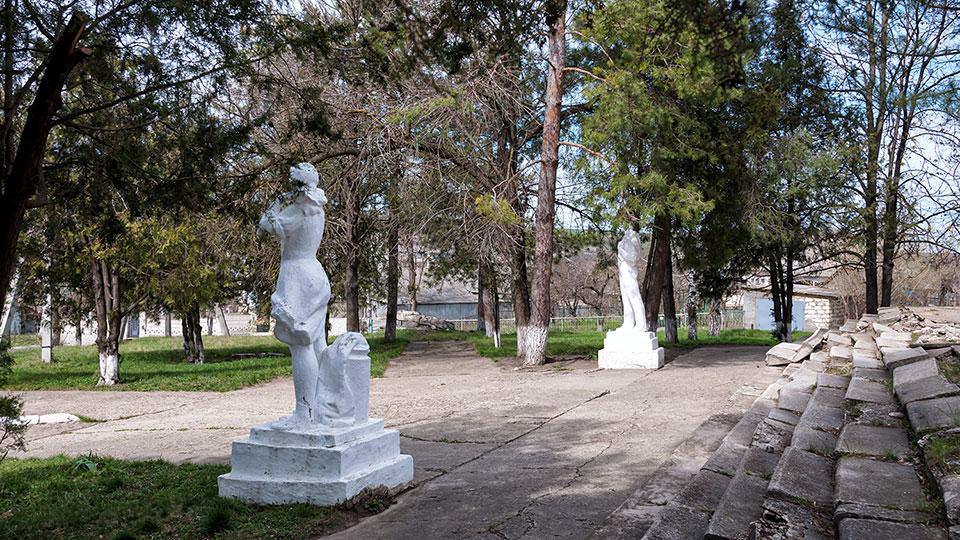 Дворец культуры в селе Красненькое Рыбницкого района (7)