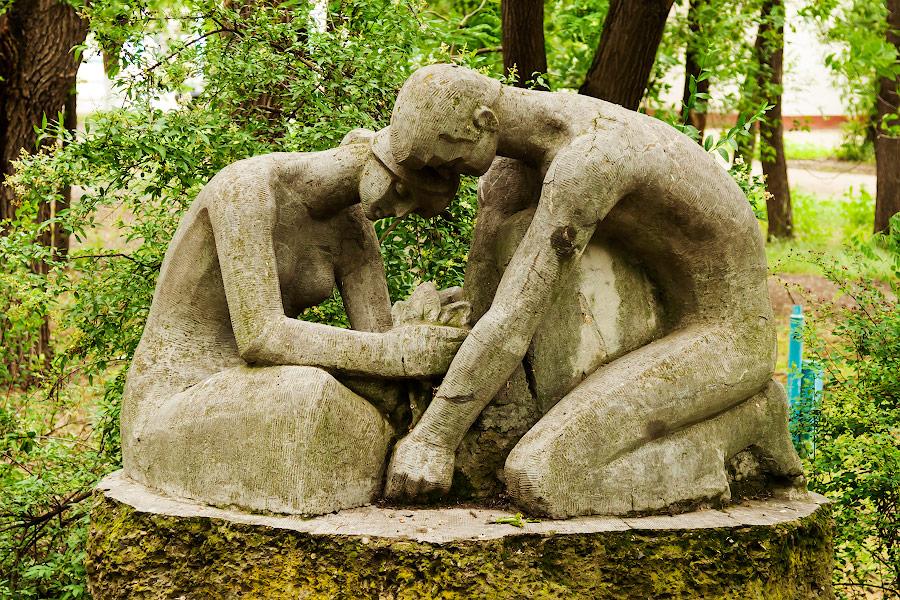 Парк имени в селе Чобручи (Приднестровье) (14)
