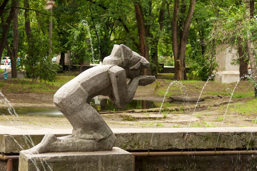 Парк имени в селе Чобручи (Приднестровье) (16)
