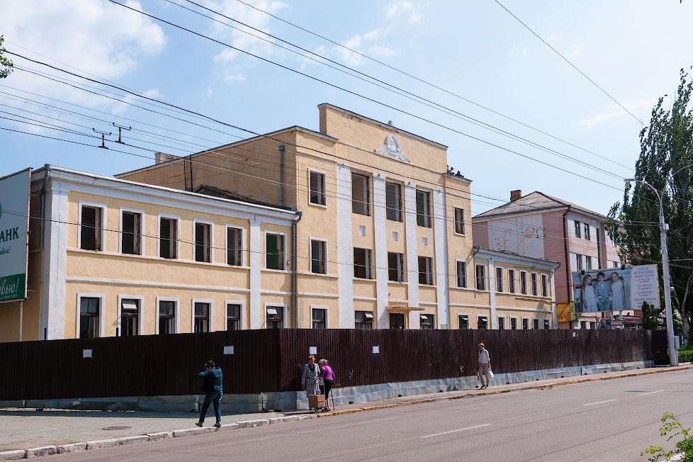 В Тирасполе начался ремонт здания медицинского факультета
