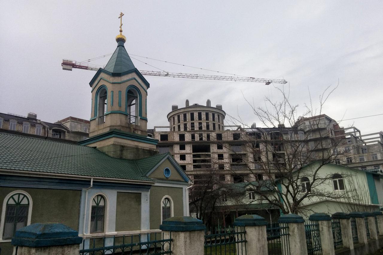 В центре Тирасполя строится новый дом
